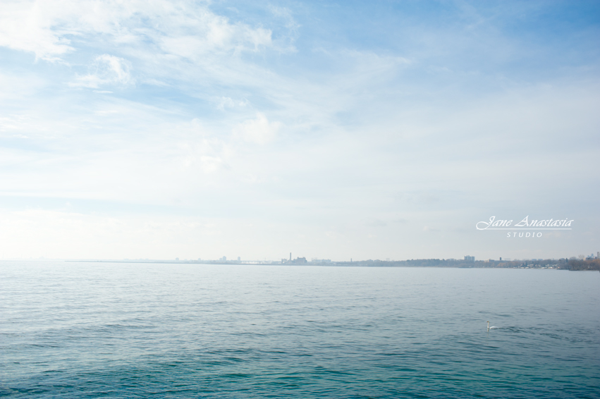 _JAS6189-WEB-Blue-Skies-Lake-Ontario