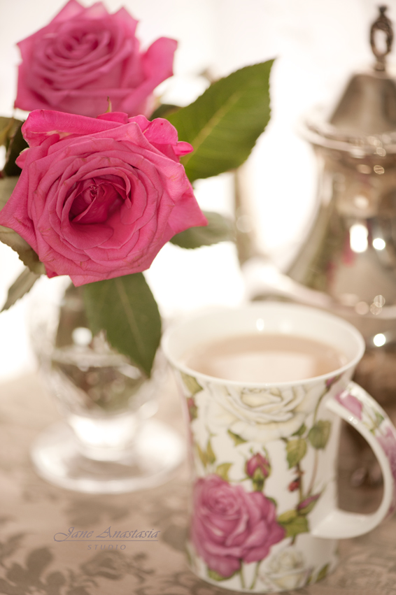 _JAS6920-WEB-Roses-and-Rose-Teacup