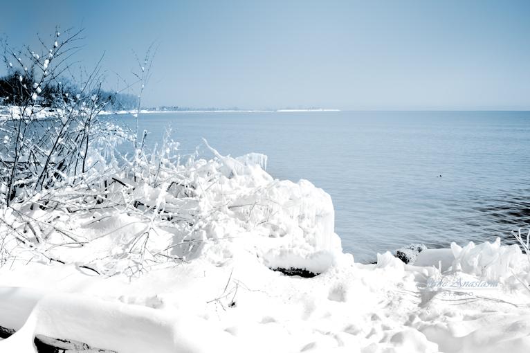 _JAS7582-WEB-Snow-Lake-Ontario