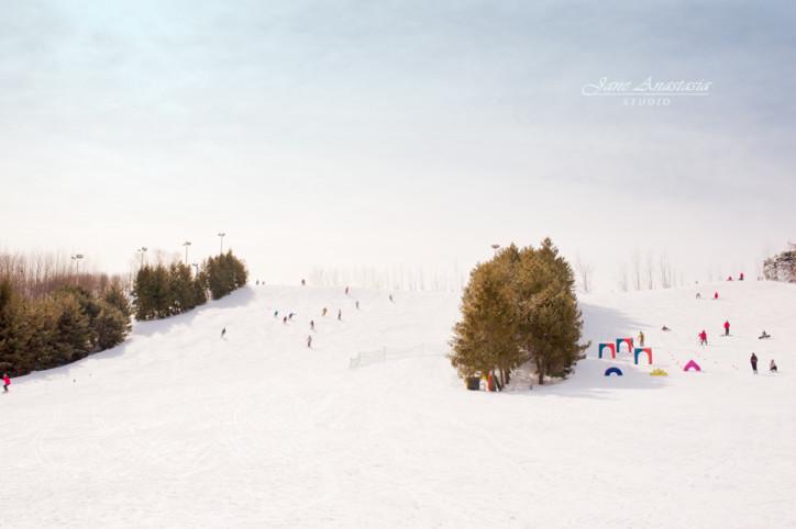 _JAS7808-2WEB-Ski-Hill-Centennial---Skiers
