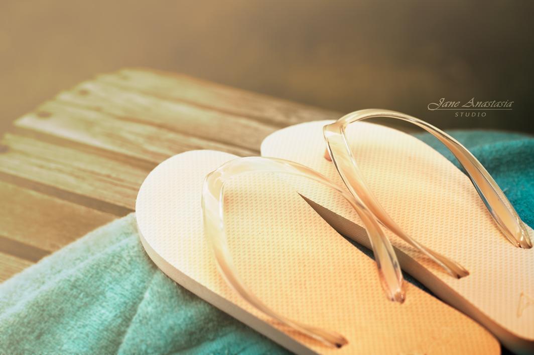_JAS6058-WEB-Sunkissed-flip-flops