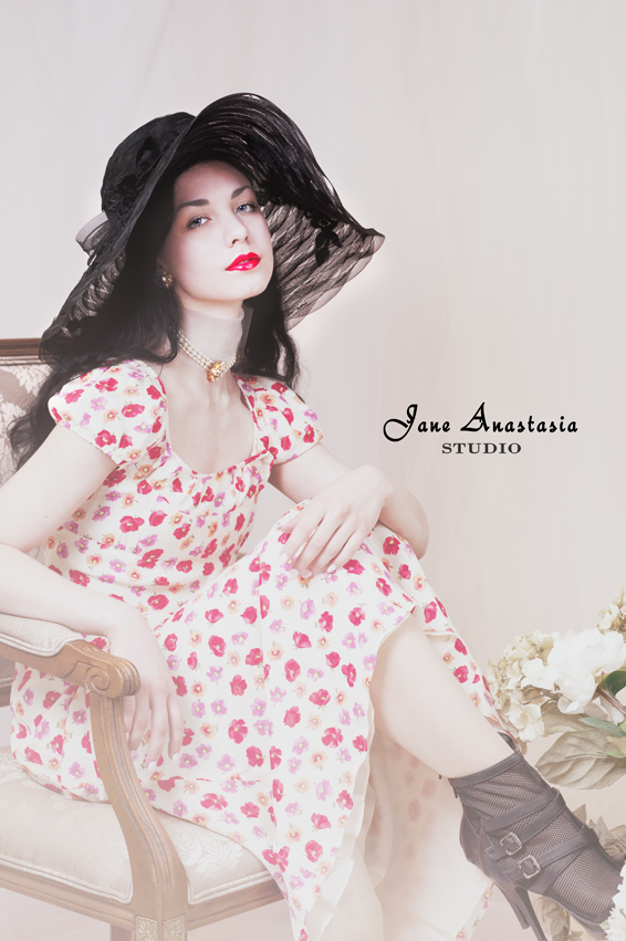 _JAS3321-WEB-Joy-in-floppy-black-hat