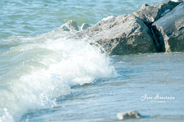 _JAS4691-WEB-Waves-against-rocks-2