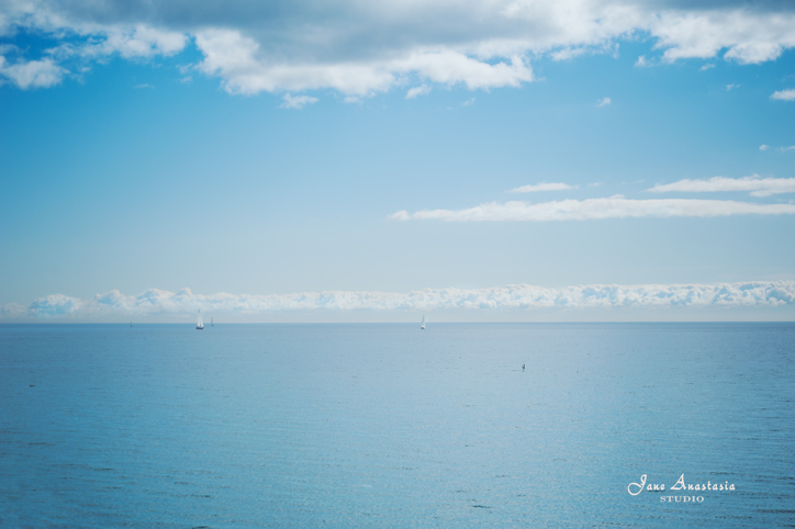 _JAS0180-WEB-Blue-skies-and-sailboat