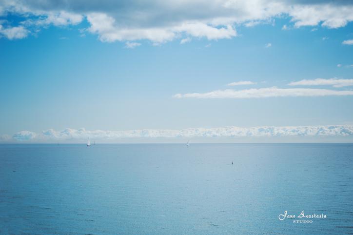 _JAS0180-WEB-Blue-skies-and-sailboat