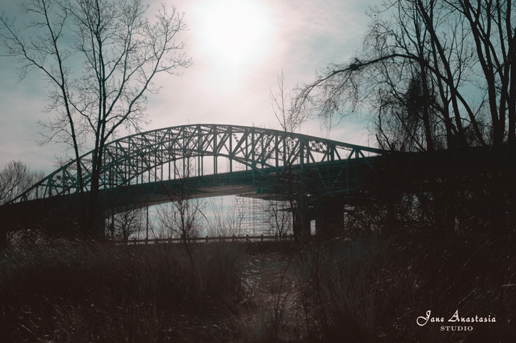 _JAS1098-WEB-Skyway-Bridge-backlit