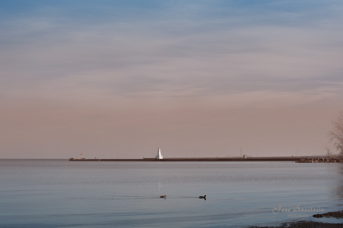 _JAS1092-WEB-Burlington-Beach-Lighthouse